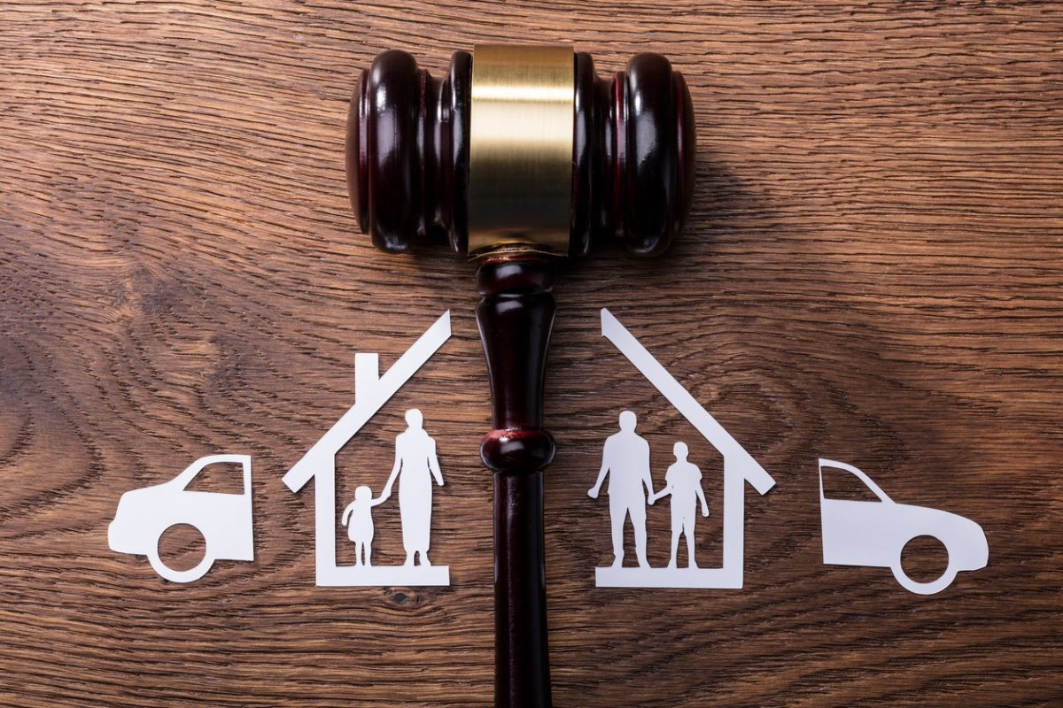 How to Hire a Reliable Family Lawyer